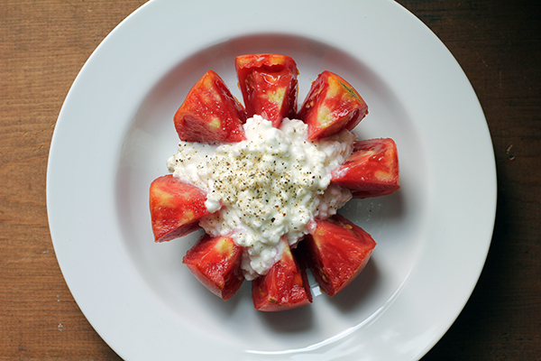 Tomato and Cottage Cheese