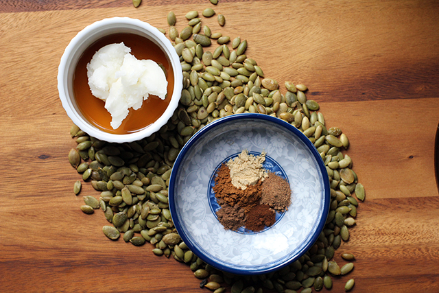DIY Pumpkin (Pie) Seed Butter: Ingredients